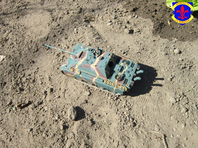 Jagdpanther Sd Kfz 173 de Tamiya au 1/35° 371954IMG1015L