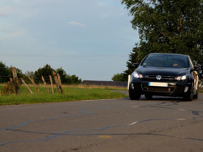 Golf 6 Gtd black - 2011 - 220 hp - Attente Neuspeed - question personnalisation insigne - Page 7 37214105b