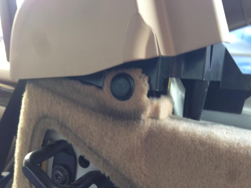 [BMW E46 Touring] Changement des haut-parleurs arrières 374304IMG5724