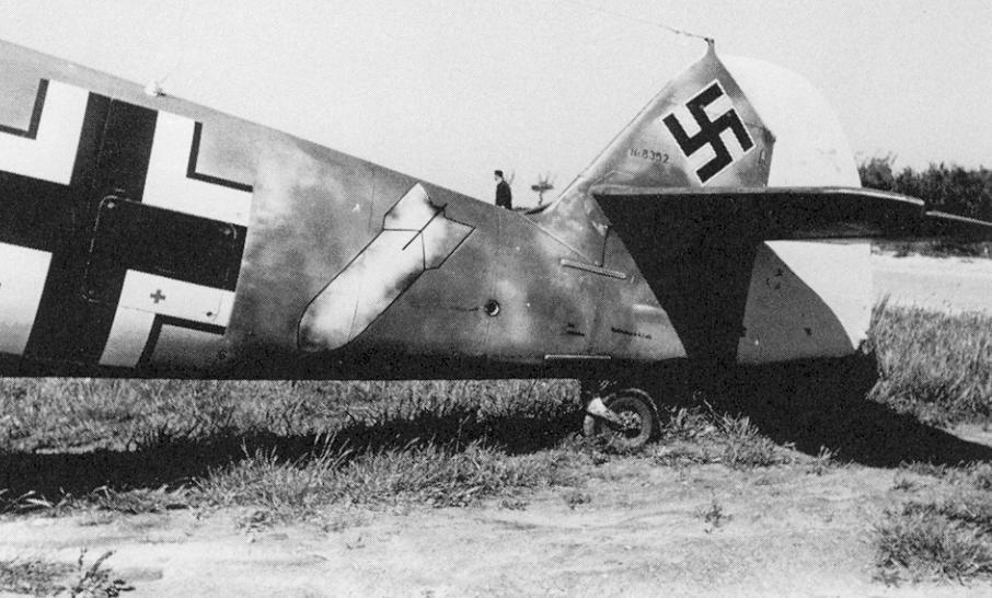 Bf-109 F-4 Trumpetter 1/24 3771968352Tail1