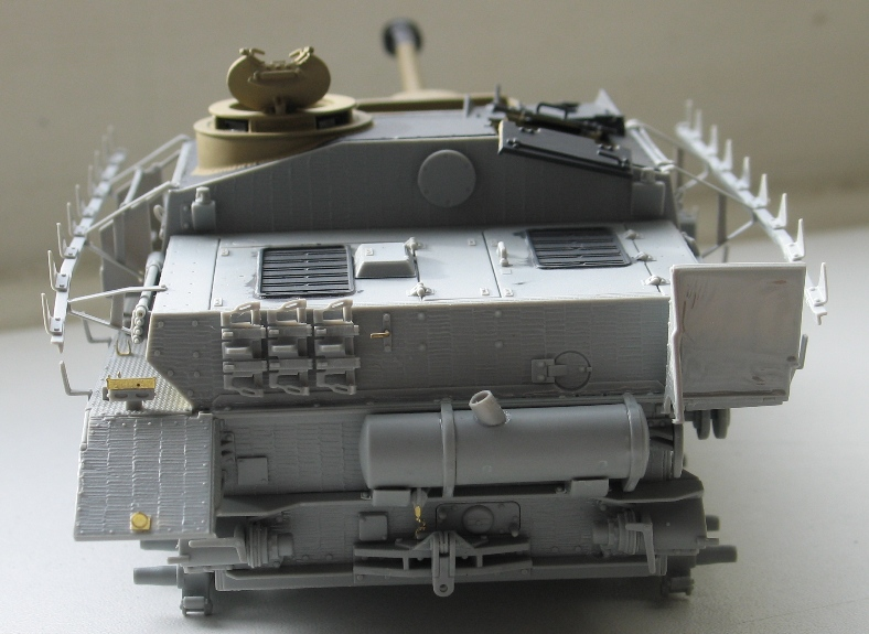 Stug IV avec zimmerit Dragon 1/35 378240IMG0031