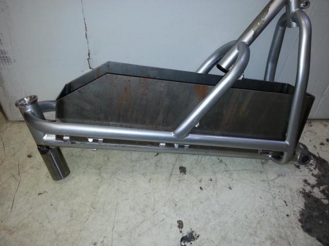 Strong GT-S210 Custom 6000 Watts + 384713Batterybox11024x768