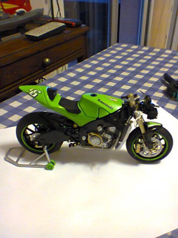 Kawasaki NINJA  tamiya 1/12  385219kawa7