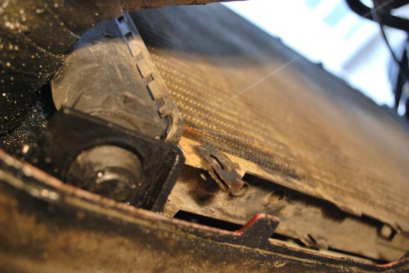 2ème radiateur éclaté... 390836Fuite