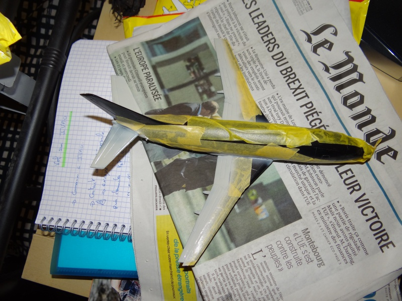 BOEING 737 1/125ème Réf 454 391350b737masquageetpeinture4