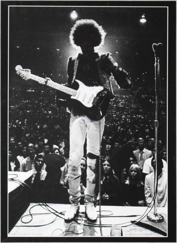 Bakersfield (Civic Auditorium) : 26 octobre 1968  395309RR11r