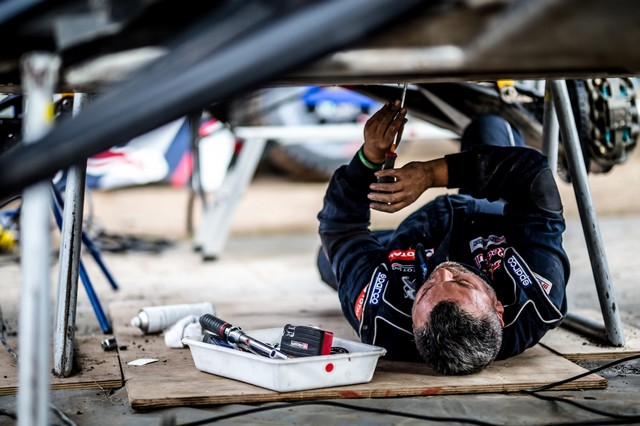 Peugeot Triomphe Pour La Deuxième Année Consécutive Sur Le Silk Way Rally 398291597254430967dzoom