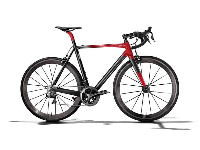 Audi présente son premier vélo de course en carbone  399447AudiSportRacingBike1
