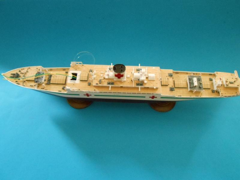 Hikawa Maru hopital 1/350 PE/pont en bois et babioles  - Page 6 402345DSCN5869