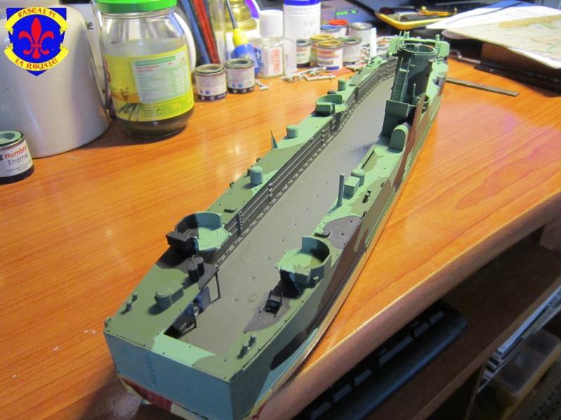 U.S. Navy Landing Ship Médium (Early) au 1/144 de Revell par Pascal 94 - Page 8 403579IMG42531
