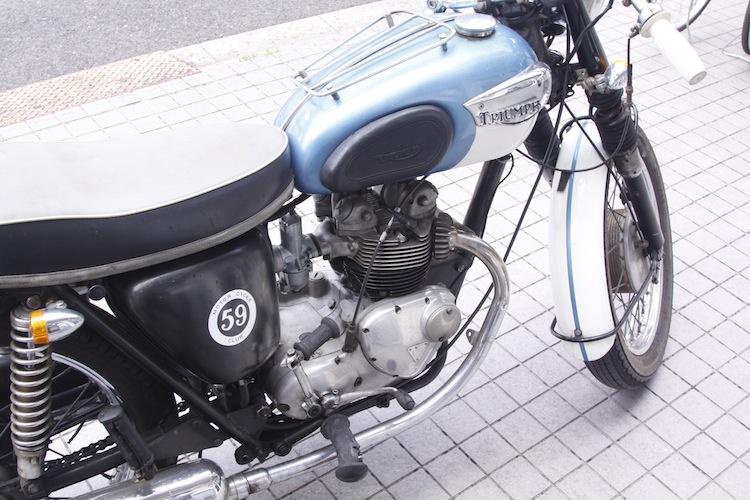 Triump Cafe Racer à Kyoto 408134MG5122