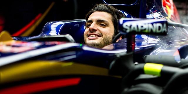 F1 GP de Russie 2015 (éssais libres -1 -2 - 3 - Qualifications) 4105252015CarlosSainzJr8