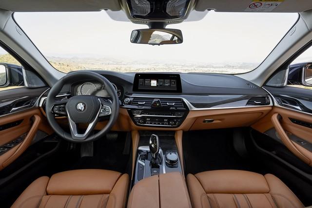 La nouvelle BMW Série 5 Berline. Plus légère, plus dynamique, plus sobre et entièrement interconnectée 411931P90237328highResthenewbmw5series