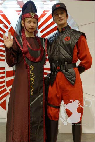 [cosplay] Pendentif et Broches de diplomate/prêtresse Vulcaine (Star Trek) 4131417342