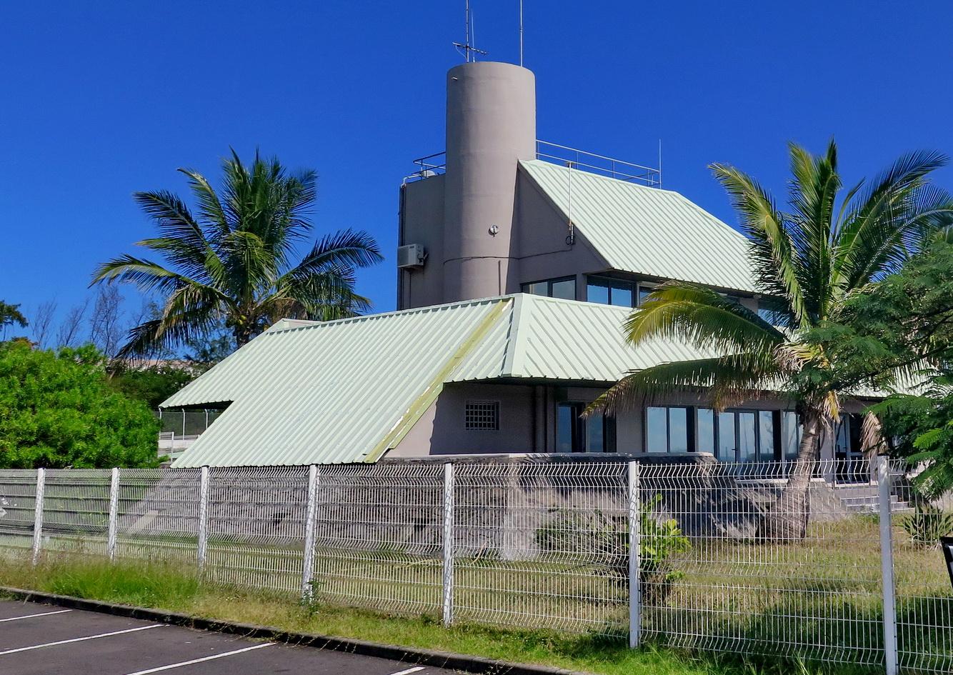[Vie des ports] Les ports de la Réunion - Page 9 413709leportest179
