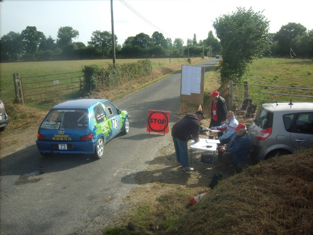32ème rallye tessy sur vire-gouvets 2013 (Dimanche Point-Stop)  416712Sep02102
