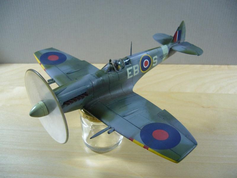 Spitfire XII du 41 RAF Sqn le 7 juin 1944, Airfix (projet AA) - Page 7 419652fini1