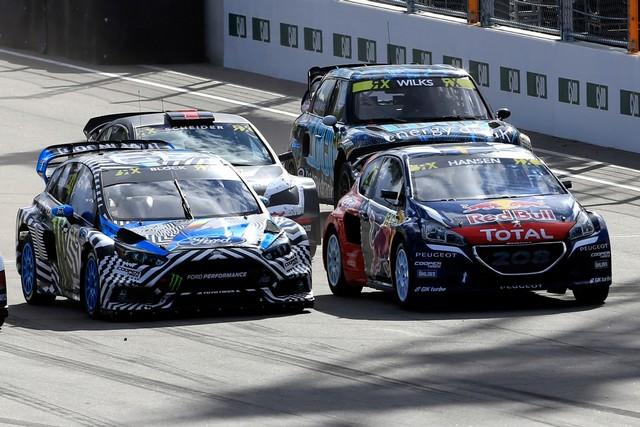 Rallycross - Sébastien Loeb remporte sa première victoire au volant de la PEUGEOT 208 WRX ! 421997wrx201610010098