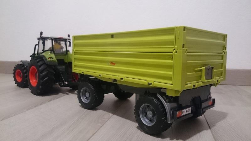 Class Axion 850, remorque Fliegl 423693DSC0500