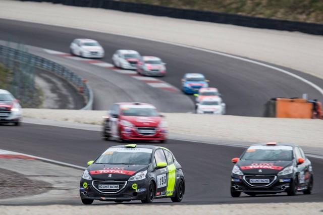 RPS / De Plus En Plus De Prétendants Aux Podiums Des Rencontres Peugeot Sport ! 42637757cbfc93c129d