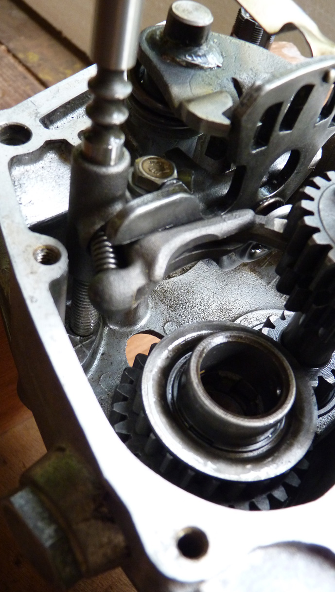 remontage d'un bas moteur d'une 125 TS 427108P1060188