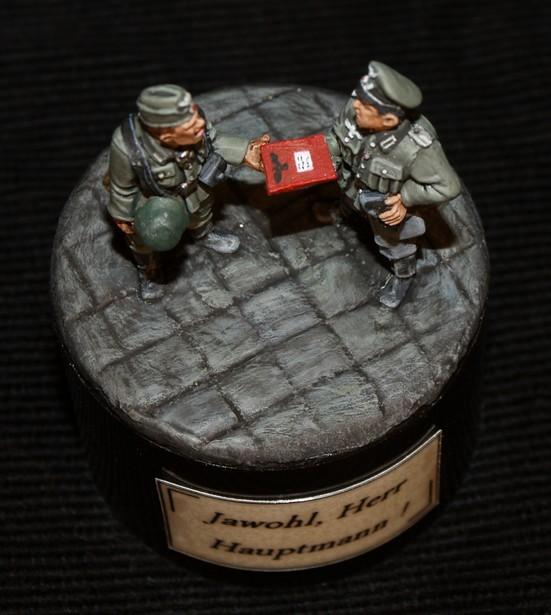 """Jawohl, Herr Hauptmann !"" - FINI !! 427737Jawohl6"