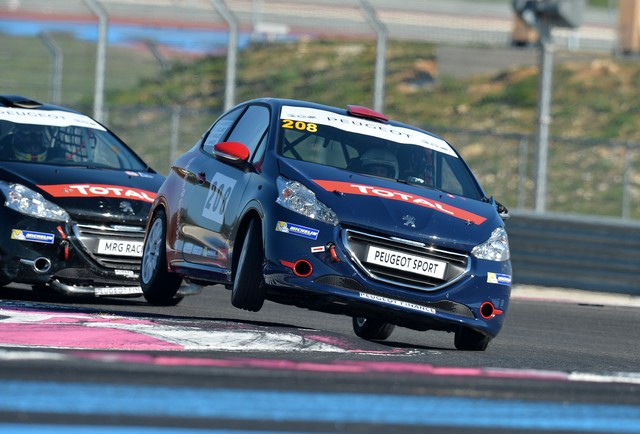 RPS / No Limit Racing, GPA Racing Et Le Team Villefranche S'ajoute Au Palmarès Des Rencontres Peugeot Sport 2015 ! 429532563632cdbd2a5