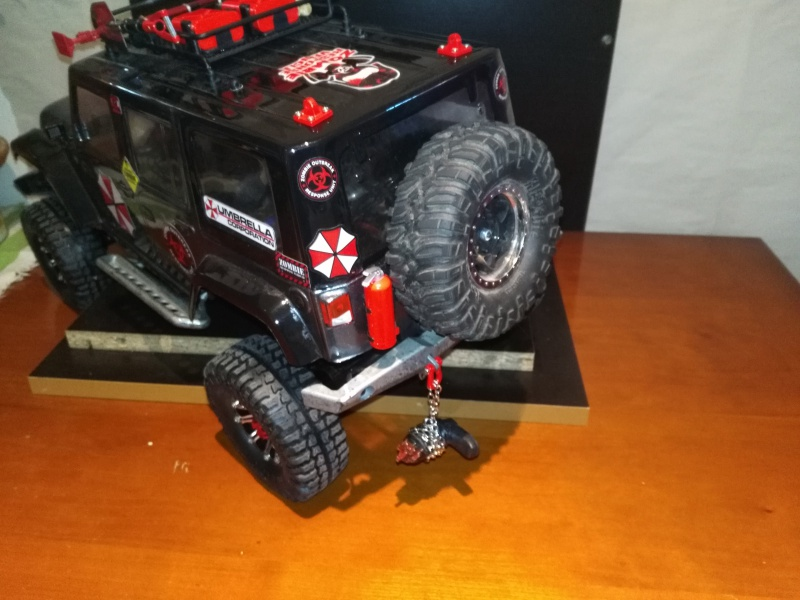 axial Scx10 - Jeep Umbrella Corp Fin du projet Jeep - Page 8 431911IMG20161229150857