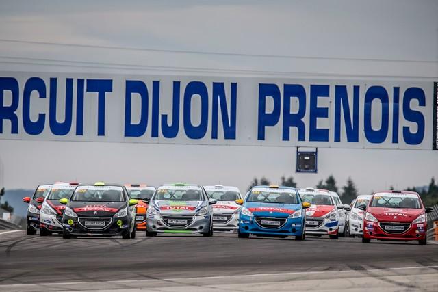 RPS / De Plus En Plus De Prétendants Aux Podiums Des Rencontres Peugeot Sport ! 43649857cbfc93ba6bb