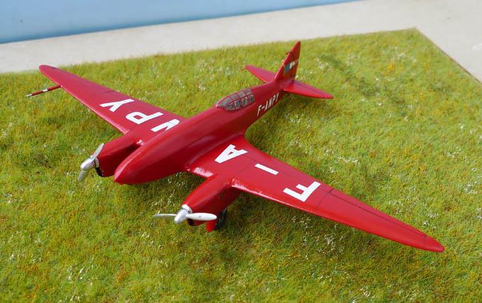 [Airfix + conversion Whirlybird] De Havilland 88 Comet... Français 437999Dh88Comet26