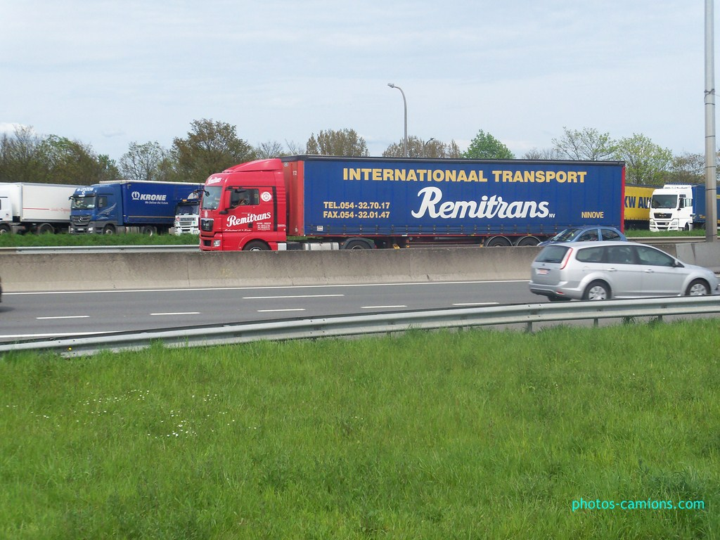 Remitrans - (Ninove) - Page 2 438041photoscamions30Avril2012160