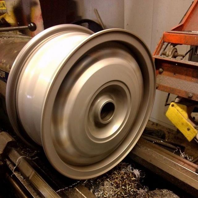 Golf 2 TDI, New Wheels en cours de fabrication ! - Page 3 43813610429253102059656992856977657894518825973805n