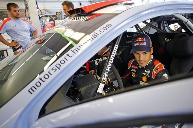Mission accomplie pour Hyundai Motorsport qui se classe quatrième en Finlande  440796143101Sordo08FIN15sv073