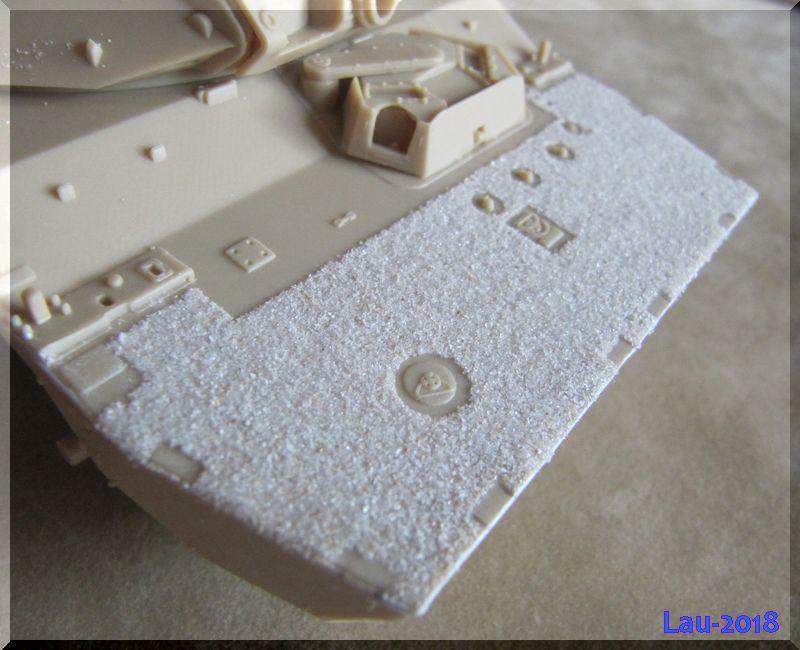 AMX 10 RCR - Tiger Model - 1/35ème - Page 3 441583ZoneAD5