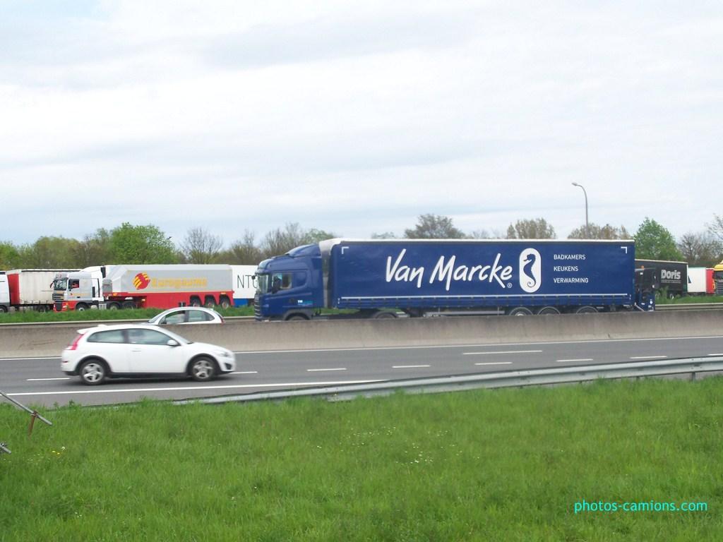 TIN Transport International Nieuwenhuyse  (Kortrijk) 444390photoscamions30Avril201244