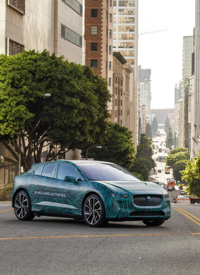 Le Jaguar I-PACE en road trip électrique à Los Angeles 445536jipaceroadtrip061217022
