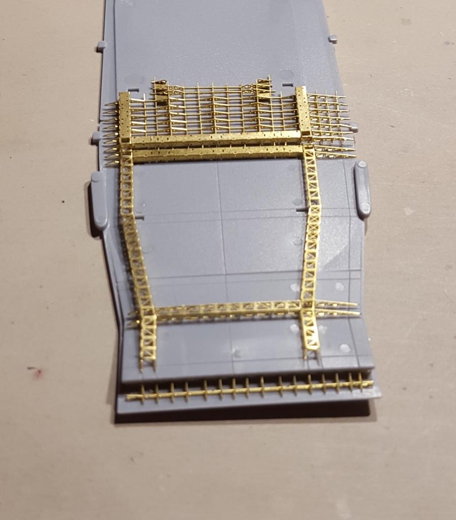 AKAGI 1/700 Hasegawa Kit PE et Pont en bois - Page 3 44594420160408075150