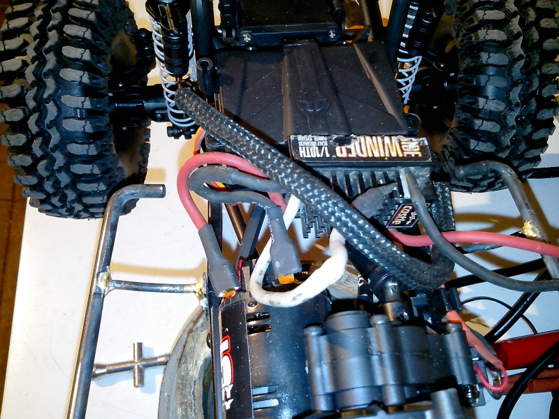 BJ40 JOUSTRA sur chassis SCX10 - Page 3 446163IMG20130118141652