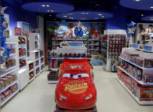 [Boutique Disney Store] Développement d'un réseau de boutiques en Russie (Moscou 4x, Saint-Pétersbourg et Sochi) 446212w755
