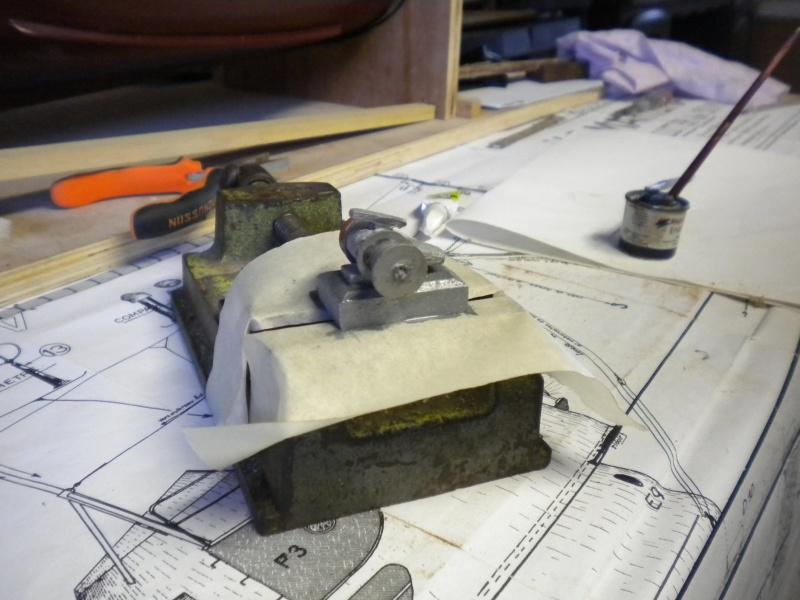 Rénovation et finition d'une vedette   - Page 6 446271DSCN3343