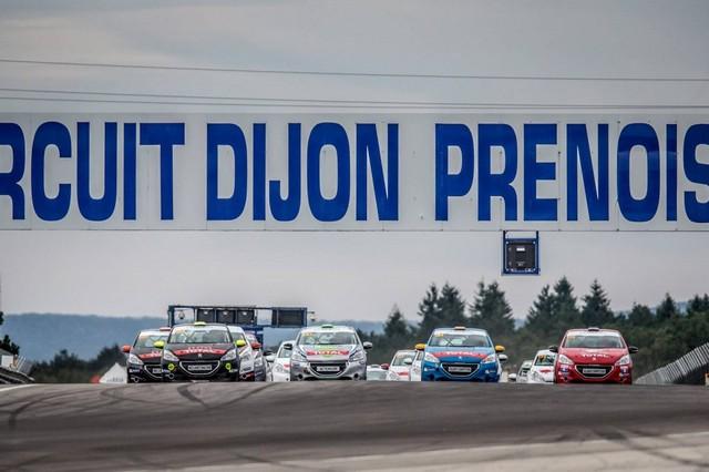 RPS / De Plus En Plus De Prétendants Aux Podiums Des Rencontres Peugeot Sport ! 44631257cbfc93b8f97