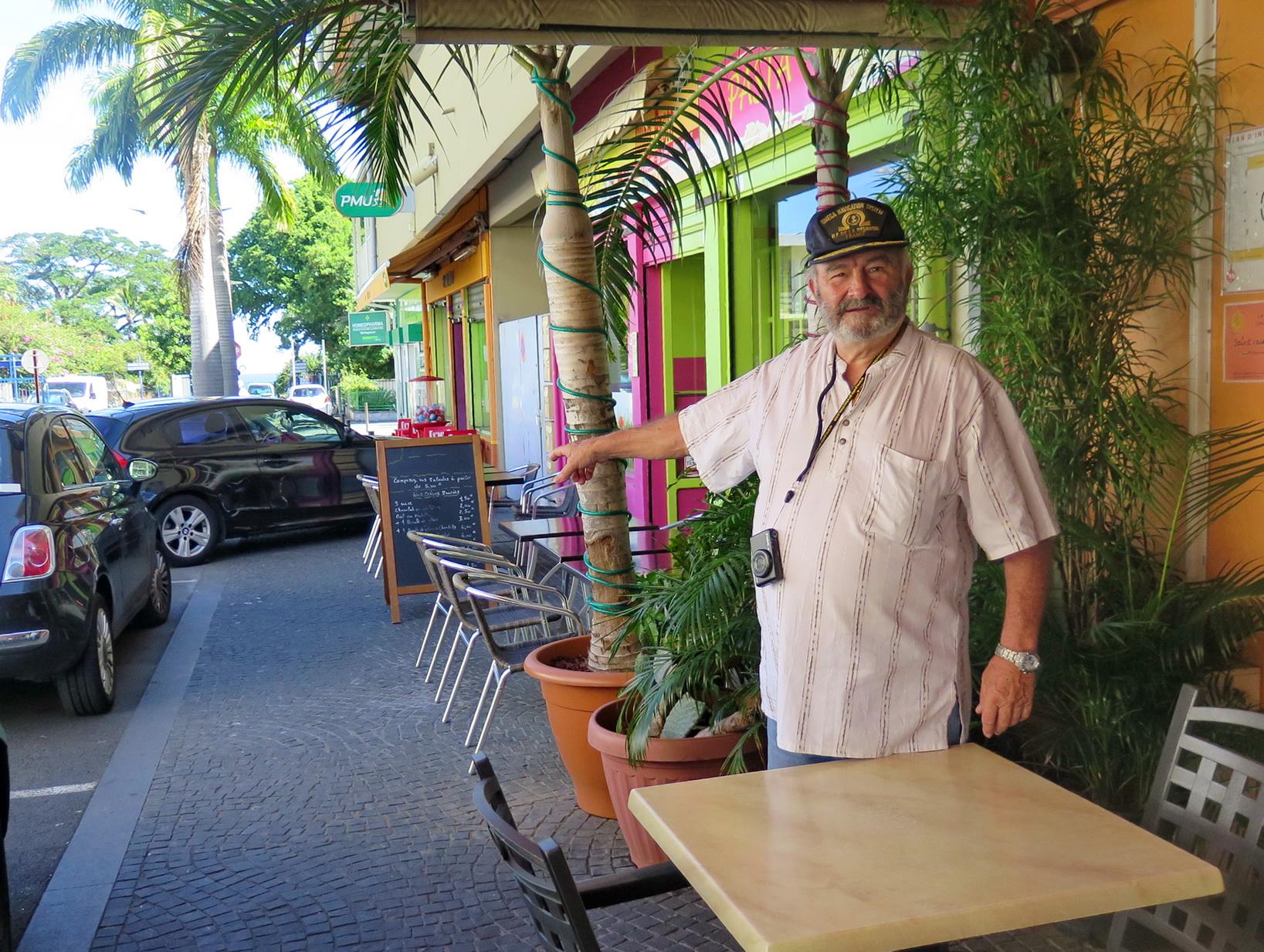 [Vie des ports] Les ports de la Réunion - Page 9 447600floral282