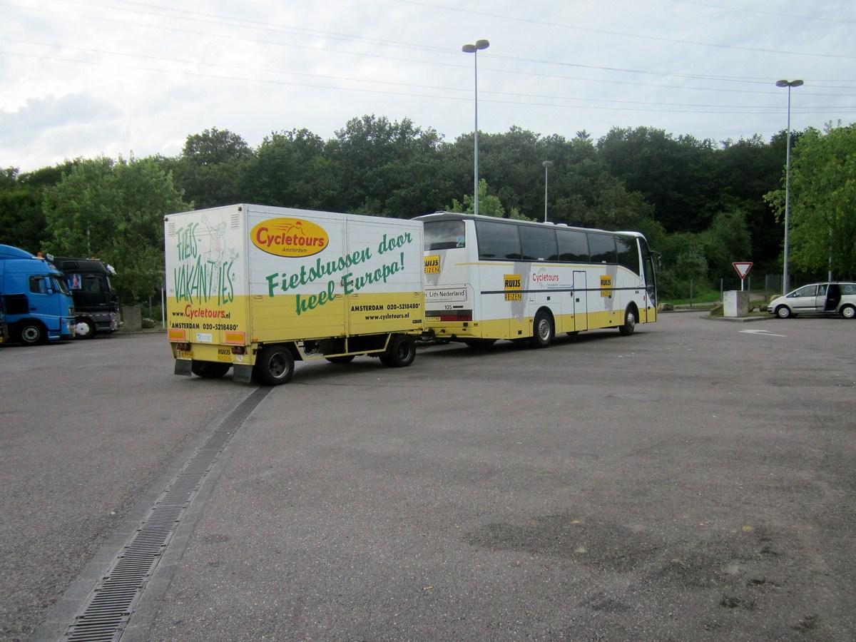 Cars et Bus des Pays Bas  - Page 3 447960photoscamions24VIII2012101Copier