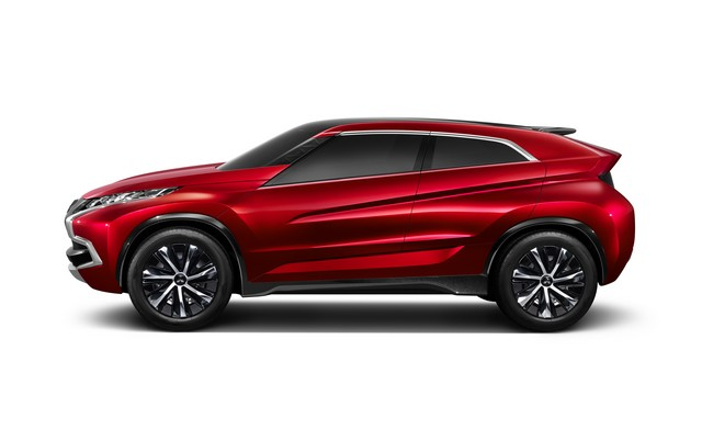 Salon de Genève 2014 : Mitsubishi Concept XR-PHEV 449359MitsubishiConceptXRPHEV3