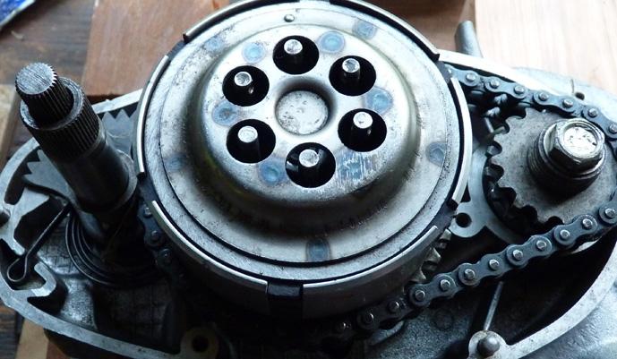 remontage d'un bas moteur d'une 125 TS 451598P1060232