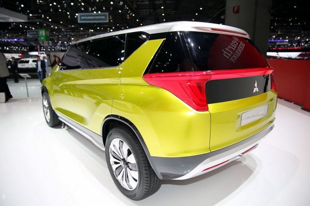 Salon de Genève 2014 : Mitsubishi Concept XR-PHEV 458097MitsubishiConceptAR2