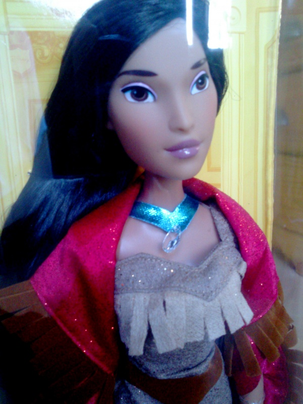 Disney Princesses Singing Dolls - Page 3 458173DSC0132