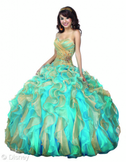 (Fashion) The Disney Forever Enchanted Collection & The Disney Royal Ball Collection 458219Pocahontas