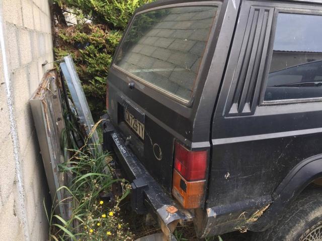 [ Jeep Cherokee XJ 2.1TD 1988 - Transformation en pick-up ]  460297Coffre