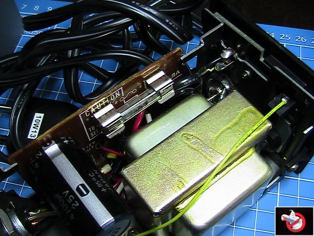 Caméra Panasonic PK-750 et VCR Portable NV-8410 46346608